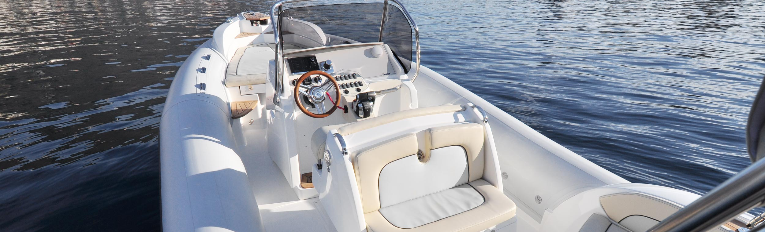 Marlin Boat - Outboard model  298
